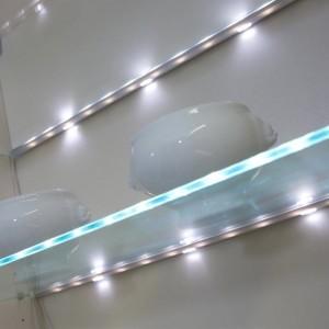 Edge LED Glass Clip Shelf Light