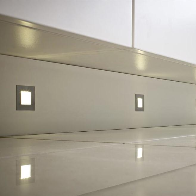 luce sls led plinth lights kitchen fittings online. Black Bedroom Furniture Sets. Home Design Ideas